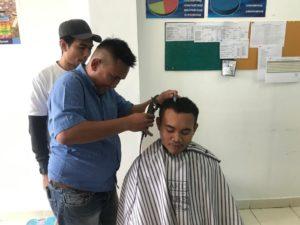 Program Pascarehabilitasi Keterampilan Barber